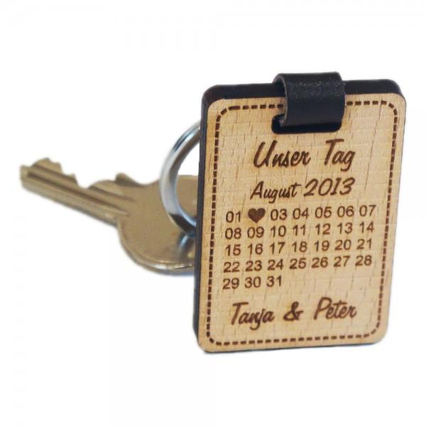 Holz-Schlüsselanhänger mit Gravur Kalender Unser Tag-Buche