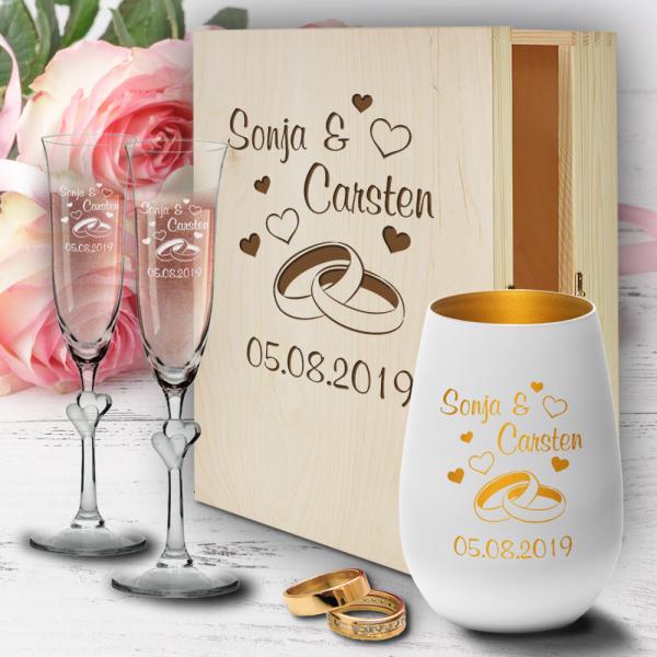 personalisierte Geschenkbox zur Hochzeit Sektgläser Herzen und Windlicht  - Ringe