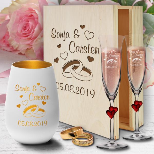 personalisierte Geschenkbox zur Hochzeit Sektgläser Herzen rot und Windlicht  - Ringe