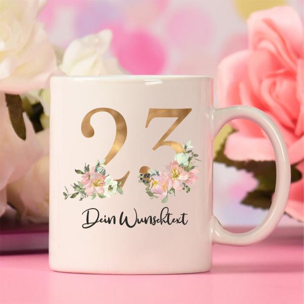 personalisierte Tasse zum Geburtstag Floral Jahreszahl