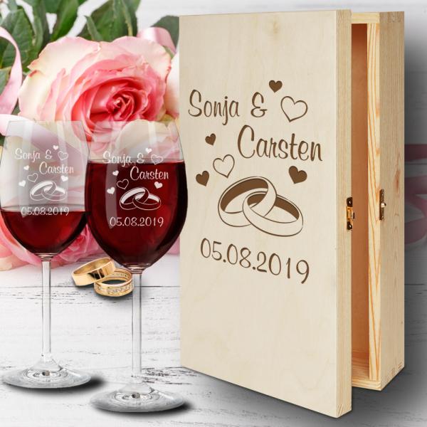 Holz-Geschenkbox zur Hochzeit mit Rotweingläsern  - Ringe