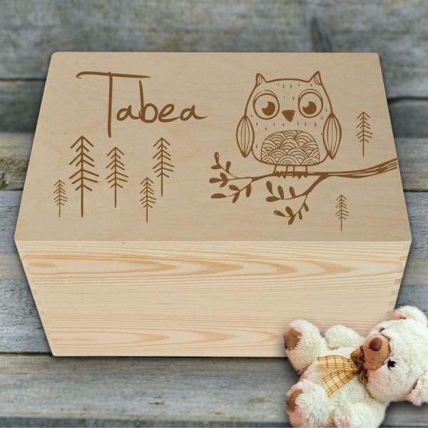 Erinnerungskiste für Kinder aus Holz mit Eule und Wunschnamen