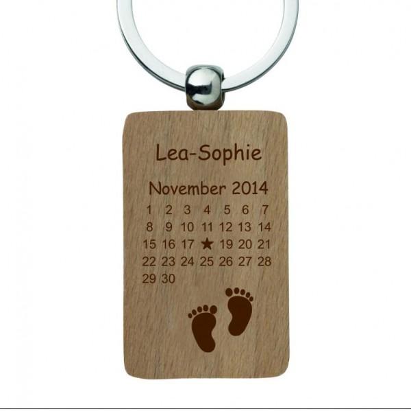 Holz-Schlüsselanhänger mit Gravur Kalender Geburt