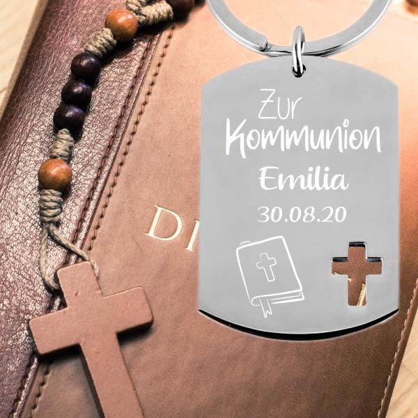 Edelstahl Schlüsselanhänger mit Gravur Dog-Tag zur Erstkommunion Gesangbuch