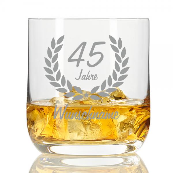 personalisiertes Whisky-Glas mit Namensgravur zum 45. Geburtstag