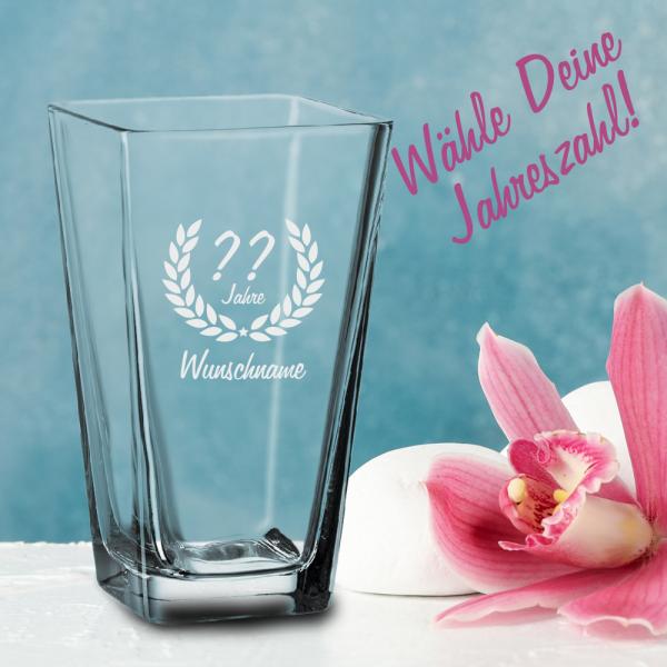 Schöne Glasvase zum Geburtstag - Dein Wunschname