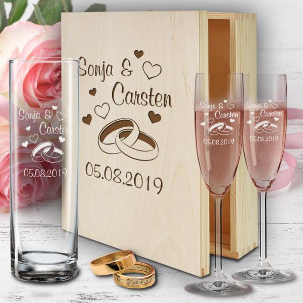 Geschenkbox zur Hochzeit mit Sektgläsern Herzen rot und Vase - Ringe-Copy