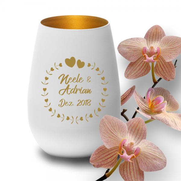 personalisiertes Windlicht zur Hochzeit - Herzkreis in edlem weiss und gold