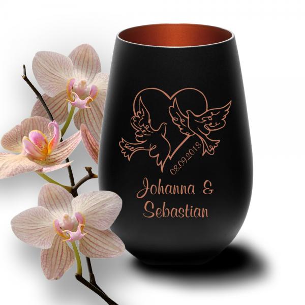 personalisiertes Windlicht zur Hochzeit in schwarz - Motiv Tauben