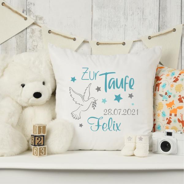personalisiertes Kissen zur Taufe mit Taufdatum und Namen für Jungen Taube